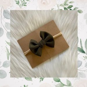 👑Olive Green Clip In or Bow on Nylon!